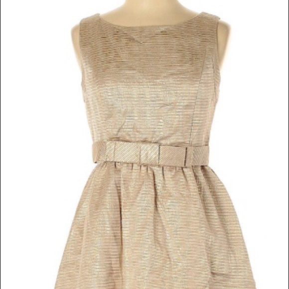 LC Lauren Conrad Dresses & Skirts - Striking Lauren Conrad Cocktail/Party Dress.